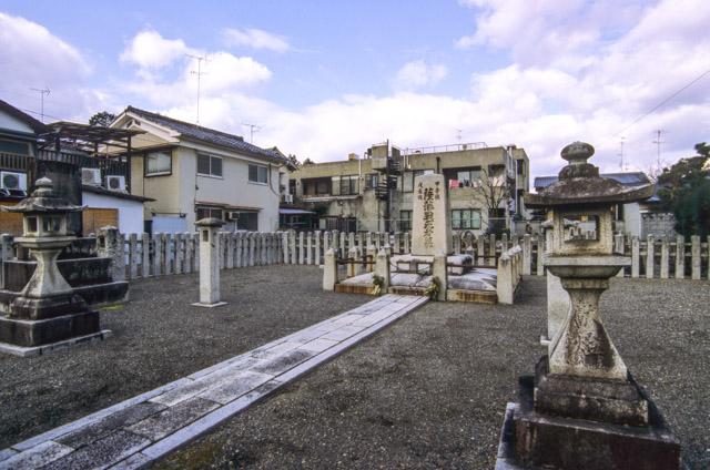 薩摩藩戦死者の墓 その2