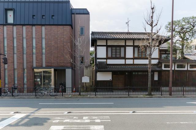 藤井右門邸跡
